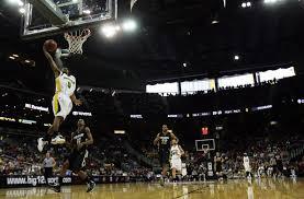 fast break dunk